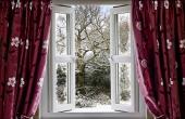 Фотообои окно в зиму