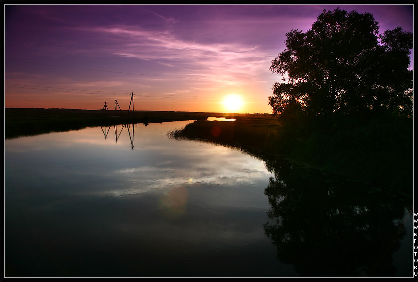 Sunrise on river photo best download